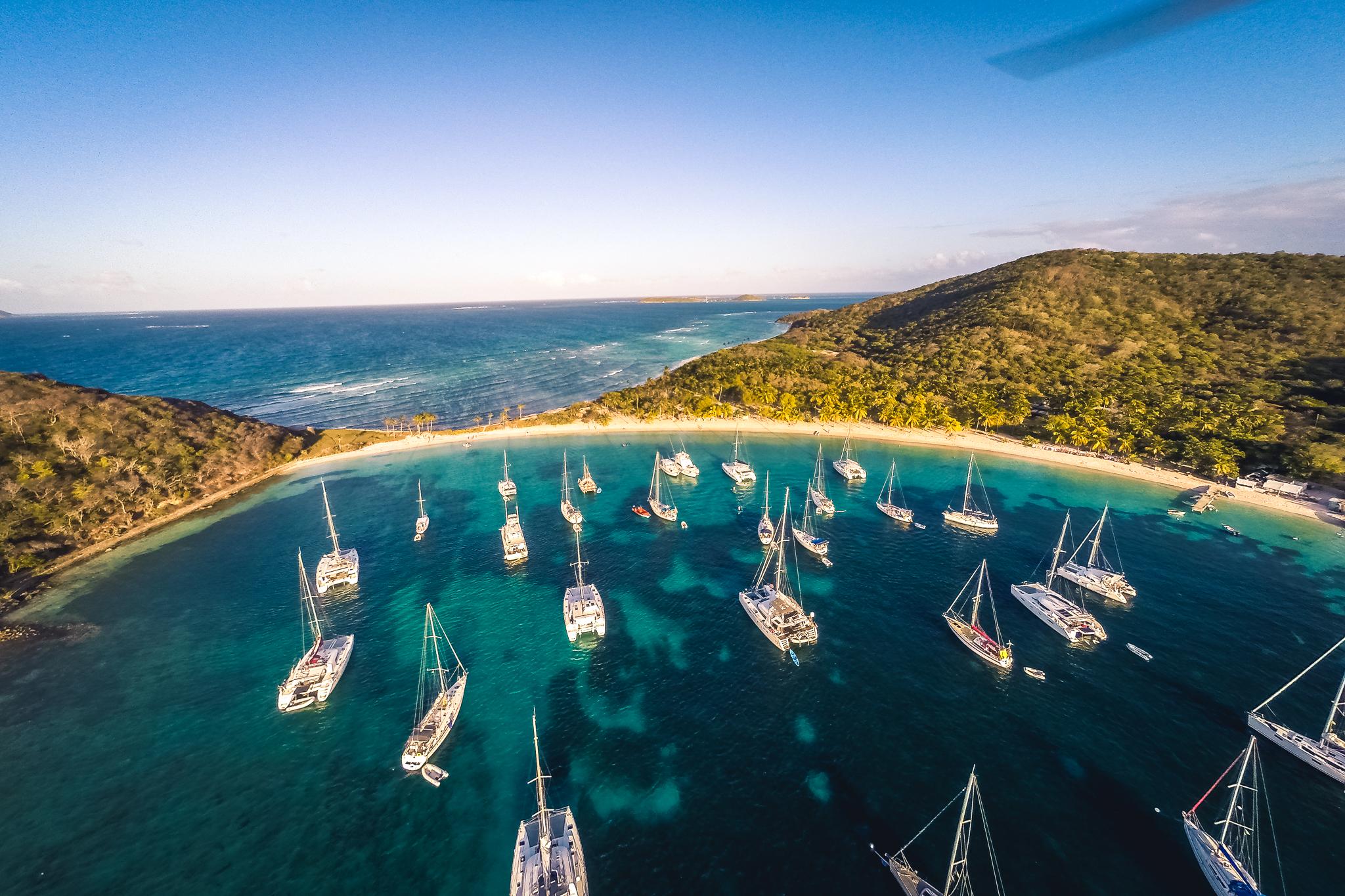 Förverkliga drömmen om att segla i Karibien